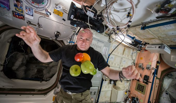 Can humans cope with long-term space travel? Astronaut Scott Kelly spent a year as a guinea pig. | Miles O'Brien Productions